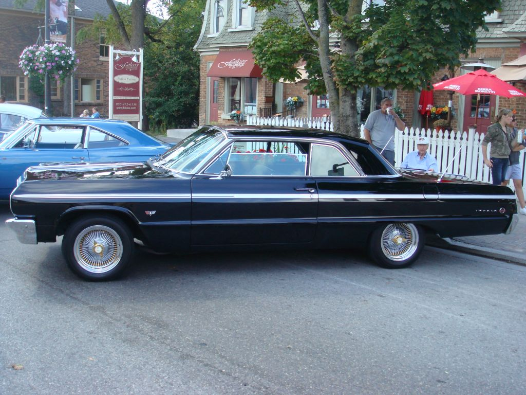 Blue 1966 Corvette